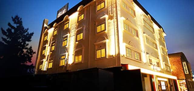 セフレ掲示板【広島県でセフレ募集するなら】ホテル レクレール【HAYAMA HOTELS】